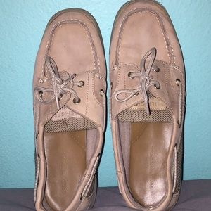 GREAT CONDITION Tommy Hilfiger Shoes Women's 8.5